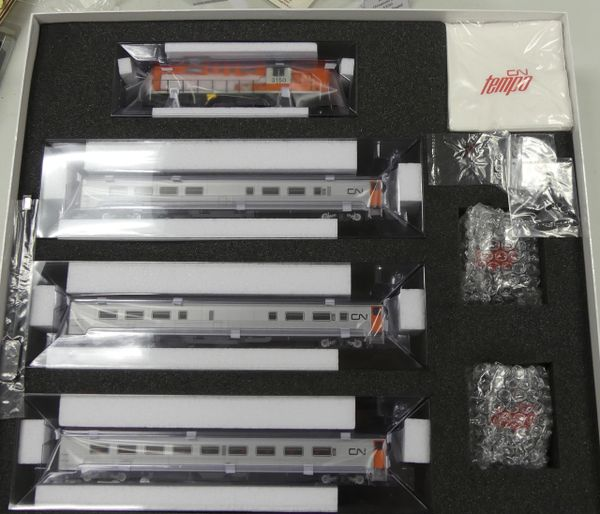 Rapido Ho Scale Canadian National Tempo – Complete Sets DCC Ready