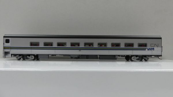 Rapido Ho Scale VIA Tempo Coaches