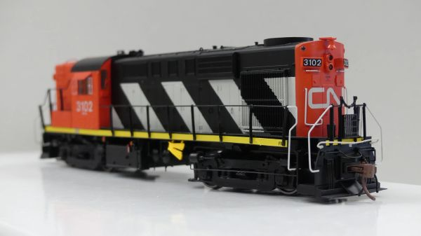 Rapido Ho Scale RS18 Canadian National (Stripes) DCC & Sound