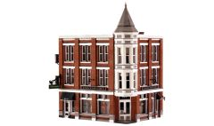 Woodland Scenics HO Scale Built & Ready Davenport Department Store