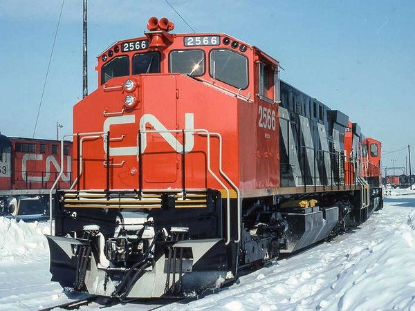 Rapido Ho Scale MLW M420 Canadian National Stripes (Red/Orange Cab Roof) DCC Ready *Reservation*