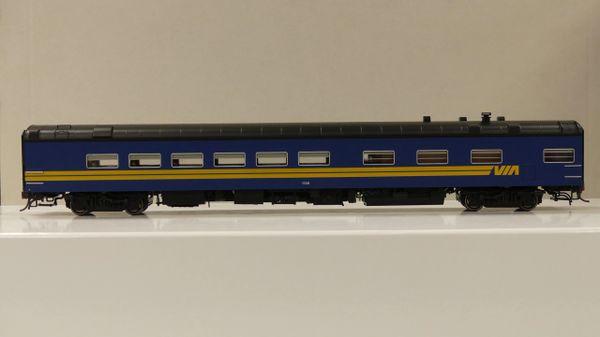 Rapido Ho Scale Pullman Standard Via Rail Dining Car