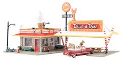 Woodland Scenics HO Scale Built & Ready Drive N' Dine