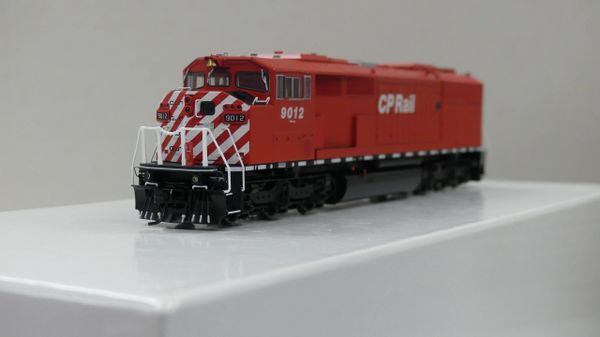 Bowser HO Scale (2nd Run) GMD SD40-2F CP Rail Rectangular Port Hole & Sill Dashes W/ Ditch Lights DCC Ready