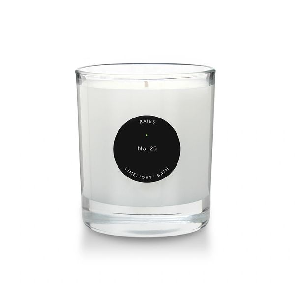 Limelight® No. 25 Baies 30 cl. Burn time 50 hours.
