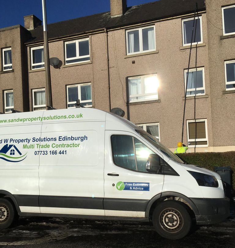 Gutter Cleaning and Guttrer Maintenance  Edinburgh