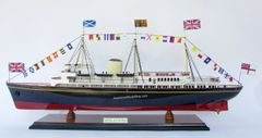 "HM Royal Yacht Britannia Ship Model 29"""