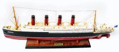 """RMS Mauretania Model Ship 32"""""""