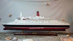 "Queen Elizabeth II Cruise Ship Model 39"""