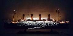 """RMS TITANIC SPECIAL EDITION Cruise Ship Model 40"""" With LED Light"""