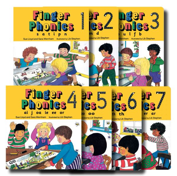 Finger Phonics Books 1-7 (In Print Letters)