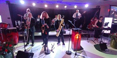 Ottawa's party band, cover band, dance band, wedding band, band for hire