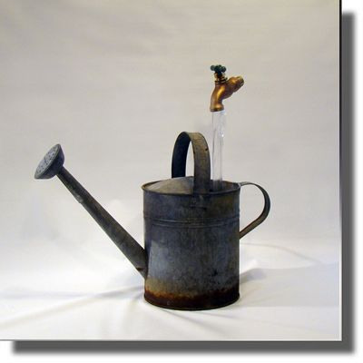 Reclaimed Classic Galvanized Watering Can Fountain