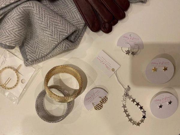 Tilly & Grace Star Earrings