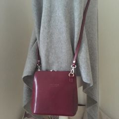 Italian Small Leather Shoulder Bag L87