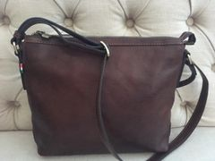 Italian Leather Handbag L90