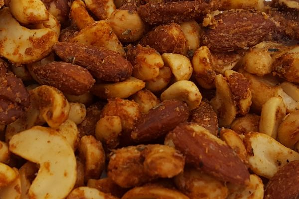 Hot & Spicy Nut Mix