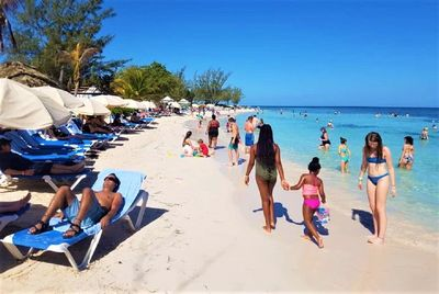 |Vacations & Excursions | Best Jamaica Hote| Fun Day Tours |Custom Itineraries | Fun Excursions