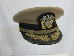 WWII U.S. Naval Officer's Khaki Visor Cap - ORIGINAL -