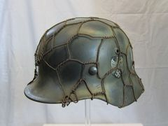 WWII German Heer Army Single Decal M35 Helmet, Chicken Wire Camouflage,- ORIGINALRARE -