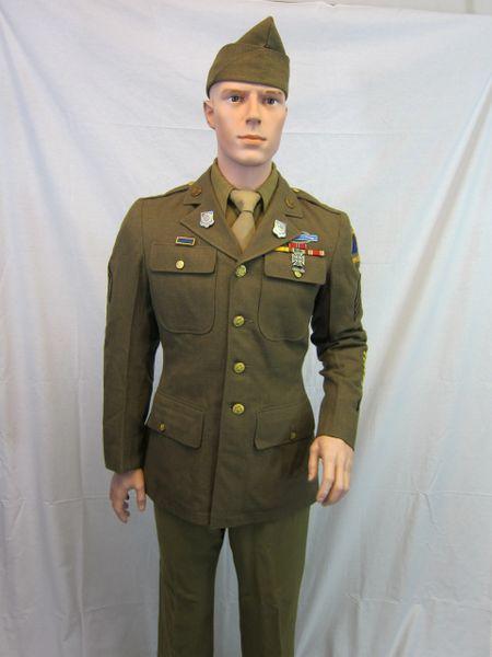 WWII U.S. 2nd Armor Division Sergeant's Service Uniform -ORIGINAL-