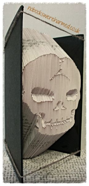 READY TO POST Cracking Skull you've got there! Crack Head : : alternative, dark, macabre, gothic, Halloween book art