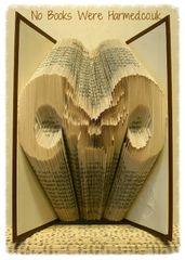 HoRn sKuLl Horn Skull : : alternative, dark, macabre, gothic, Halloween book art