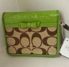 Coach Signature Bow Wallet #F48800