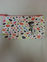 Recycled Plastic Cosmetic Bag Kiss by Deco Delire