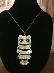 "Large Owl on a 30"" chain"