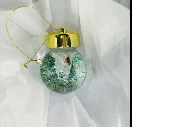 Ornament Crystal Ball Snowglobe