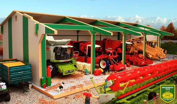 BRUSHWOOD TOYS EURO STYLE TRACTOR AND MACHINERY SHED BTEURO1