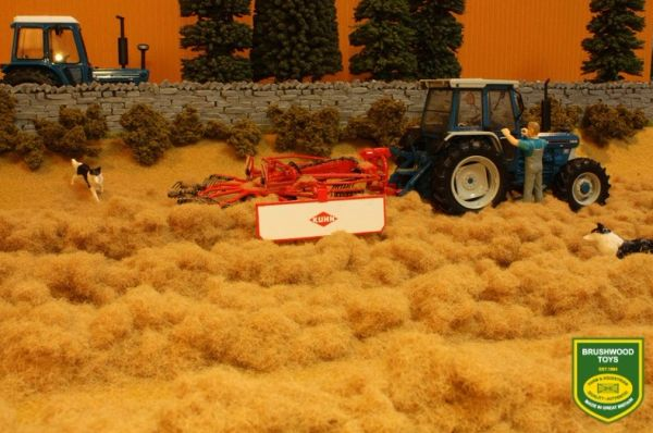 BRUSHWOOD TOYS LOOSE HAY BT2095