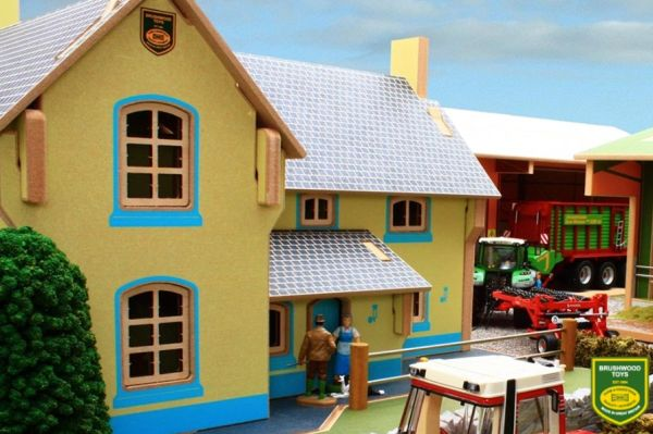 BRUSHWOOD TOYS FARM HOUSE BT8910