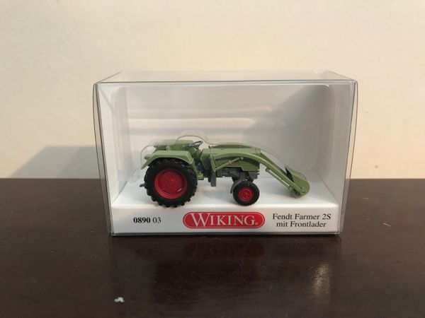 089003 WIKING FENDT FARMER 2S TRACTOR WITH LOADER 1:87 SCALE