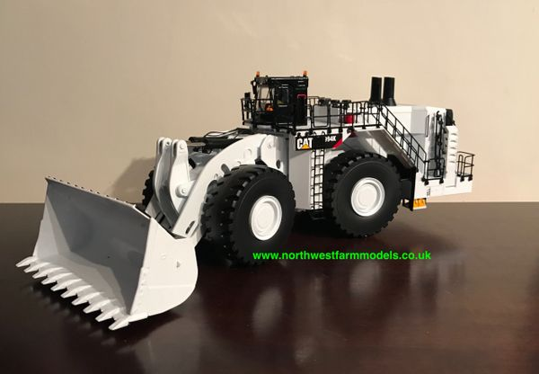 """DIECAST MASTERS 85533 1:50 SCALE CAT 994K WHEELED LOADER """"COAL CONFIGURATION"""" WHITE **BRAND NEW*"""