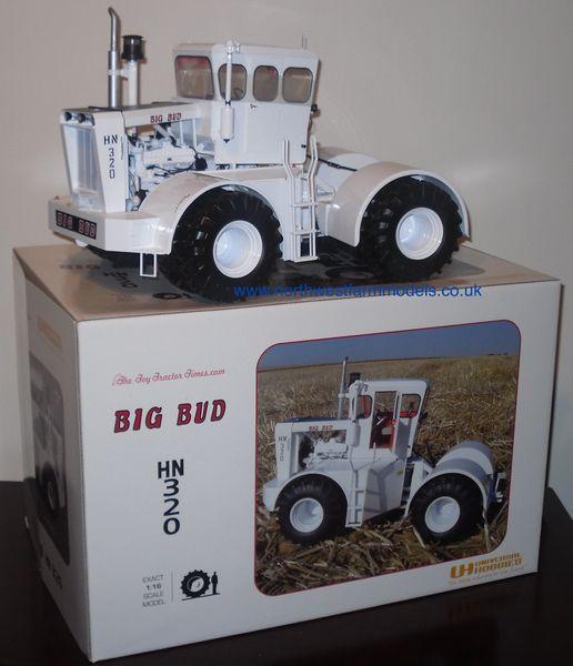 UH2714EU 1/16 Universal Hobbies BIG BUD HN320 Model Tractor