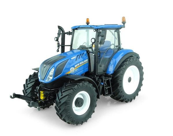 UNIVERSAL HOBBIES 1:32 SCALE NEW HOLLAND T5.110 TRACTOR
