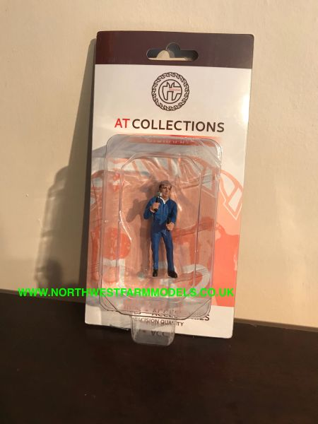 "AT COLLECTIONS 1:32 SCALE ""MAN HAMMERING"" FIGURE"