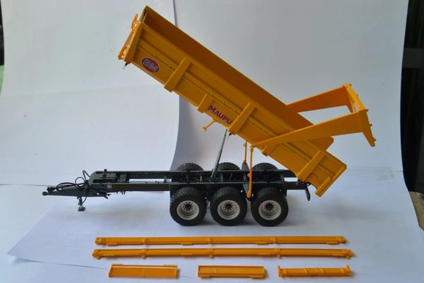 REPLICAGRI 1:32 SCALE MAUPU TDM 23 TS TRANSPORT TRAILER (YELLOW) LIMITED EDITION