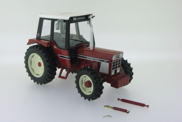 REPLICAGRI 1:32 SCALE INTERNATIONAL 845 4WD MODEL TRACTOR