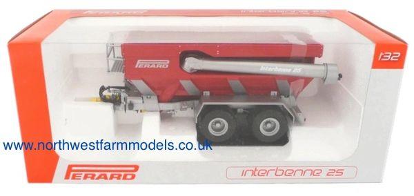 UH68117 Universal Hobbies 1/32 Perard Interbenne 25 Chaser Bin (Dealer Box)