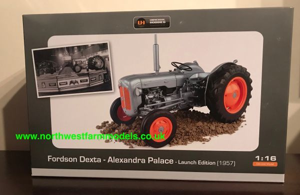 UNIVERSAL HOBBIES 5315 1:16 SCALE FORDSON DEXTA 60TH ANNIVERSARY LAUNCH EDITION