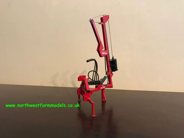 PROTECH 1:32 SCALE POST KNOCKER (RED)