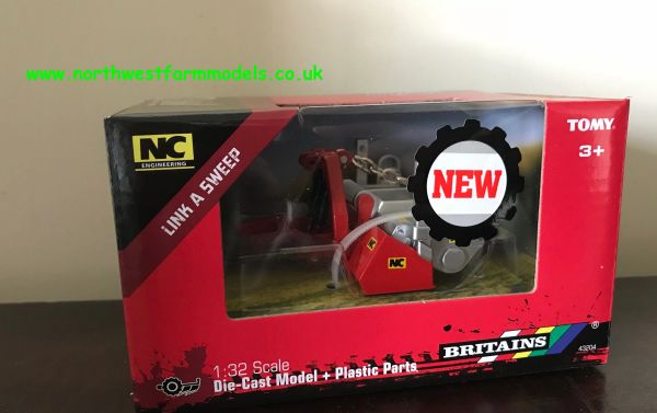 43204 BRITAINS 1:32 SCALE NC LINK A SWEEP