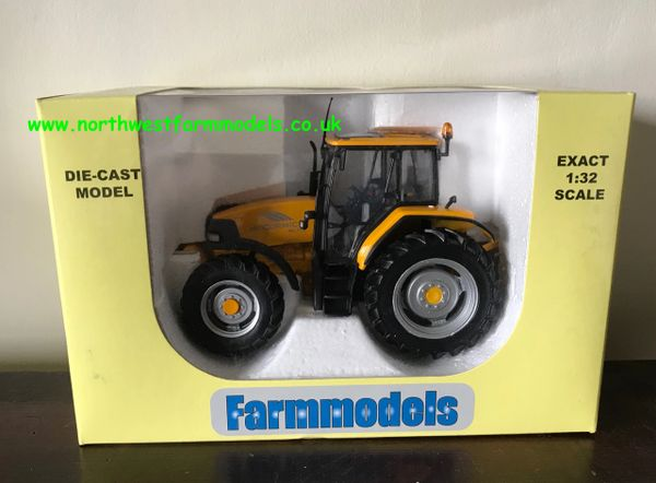 UNIVERSAL HOBBIES 1:32 SCALE McCORMICK MC115 YELLOW LIMITED EDITION