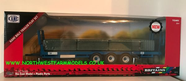 BRITAINS 1:32 SCALE 43218 KANE BALE TRAILER WITH BALES