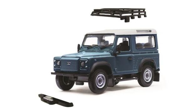 BRITAINS 1:32 SCALE LAND ROVER DEFENDER WITH ROOF RACK