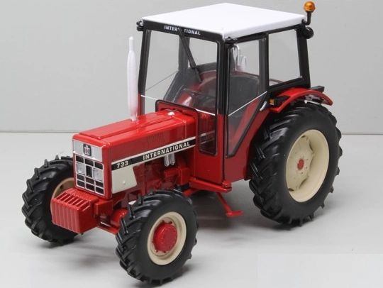 REPLICAGRI 1:32 SCALE INTERNATIONAL 733 WITH CAB
