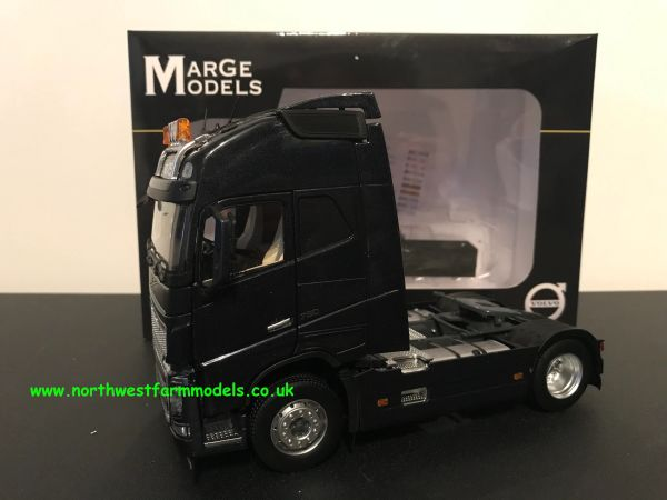 MARGE MODELS 1:32 SCALE VOLVO FH 16 4X2 BLACK